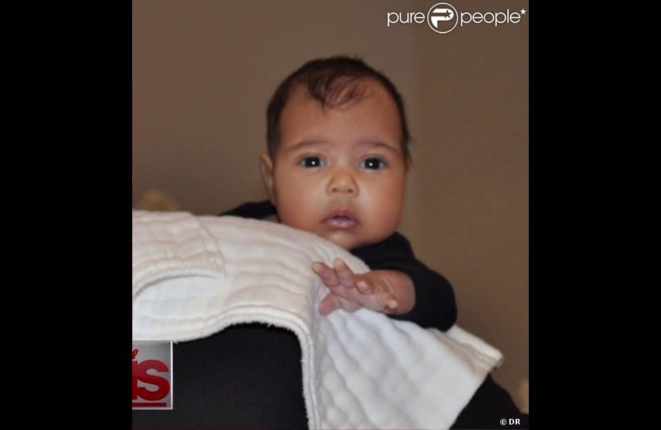 La première photo de North West, dévoilée dans l'émission Kris animée par sa grand-mère, Kris Jenner.