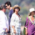 La princesse Caroline de Hanovre quitte le Club 55 à Saint-Tropez, après avoir dejeuné avec des amis., le 23 août 2013.