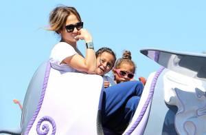 Jennifer Lopez : Maman mal à l'aise avec ses jumeaux qui s'éclatent à Disneyland