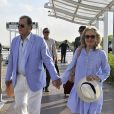 Roger Moore et sa femme Kristina Tholstrup arrivent en amoureux à Venise, le 26 août 2013.