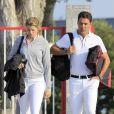 Athina Onassis et son mari Alvaro de Miranda Neto prenaient part au Jumping de Gijon et se sont montrés complices et détendus le 28 août 2013.