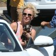 Britney Spears sur le chemin de son studio de danse à Los Angeles, le vendrdi 30 août 2013.