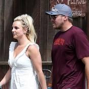 Britney Spears : Sortie en trio avec sa maman et son amoureux David