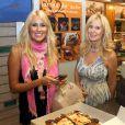Exclusif - Carolina Cerezuela vient chercher le gâteau d'anniversaire de son mari Carlos Moya à Majorque en Espagne le 27 août 2013.