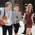 Jessica Alba et son amie Jessica James arrivent au Lincoln Center pour le défilé Diane von Furstenberg. New York, le 8 septembre 2013.