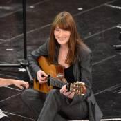 Carla Bruni, de retour sur scène : Elle accepte l'invitation d'Alain Delon