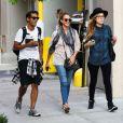 Jessica Alba et des amis à New York, le 10 septembre 2013.