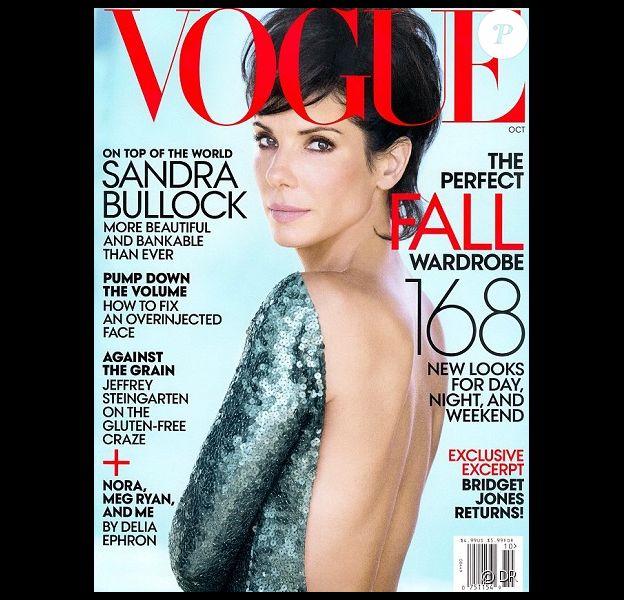Sandra Bullock dévoile sa coupe de cheveux en couverture du Vogue US.