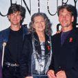 Patrick Swayze entouré de sa famille en octobre 1995.