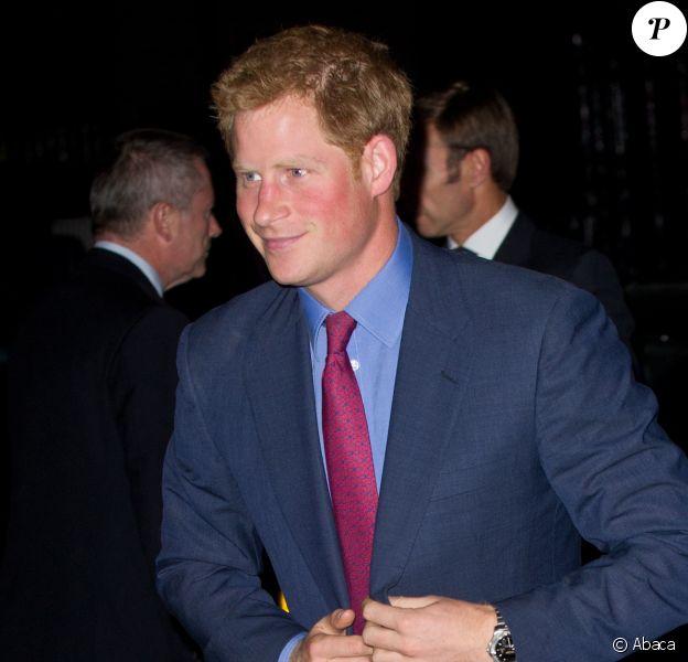 Le prince Harry à la Royal Society à Londres le 26 septembre 2013
