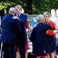 Le roi Willem-Alexander et la reine Maxima des Pays-Bas, ici à leur arrivée au palais royal, effectuaient le 2 octobre 2013 leur visite inaugurale en Norvège, reçus à Oslo par le roi Harald V, la reine Sonja, le prince héritier Haakon et la princesse Mette-Marit. La princesse Astrid s'est jointe à eux pour les photos et le déjeuner officiels.
