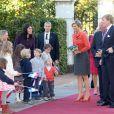 Le roi Willem-Alexander et la reine Maxima des Pays-Bas ont fait le 2 octobre 2013 leur visite inaugurale en Norvège, reçus à Oslo par le roi Harald V, la reine Sonja, le prince héritier Haakon et la princesse Mette-Marit. La princesse Astrid s'est jointe à eux pour les photos et le déjeuner officiels.
