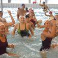 Laure Manaudou, à l'invitation de son partenaire Swind/Topsec Equipement pour lequel elle signe une gamme de maillots de bain, donnait au centre aquatique d'Alfortville le 5 octobre 2013 un cours d'aquazumba, suivi d'une initiation d'aqua stand-up paddle et une sénce de dédicaces.