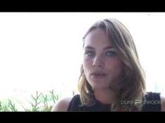 VIDEO EXCLUSIVE : La très belle Mélanie Maudran vous invite à passer l'été avec elle !