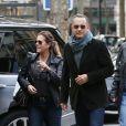 Tom Hanks et sa femme Rita Wilson visitant et faisant du shopping à Paris le 12 octobre 2013