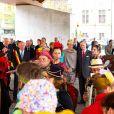 """"""" Le roi Philippe et la reine Mathilde de Belgique effectuaient le 16 octobre 2013 à Gand une de leurs Joyeuses entrées, leur tournée inaugurale du royaume. """""""