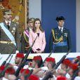 Le prince Felipe et la princesse Letizia d'Espagne lors de la parade militaire de la Fête nationale à Madrid, le 12 octobre 2013.