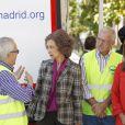 La reine Sofia d'Espagne inaugurant une banque alimentaire à Madrid, le 21 octobre 2013.