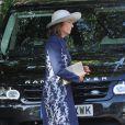 Carole Middleton dans Chelsea, en route pour le baptême de son petit-fils le prince George de Cambridge, le 23 octobre 2013.