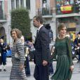 La reine Sofia, le prince Felipe et la princesse Letizia d'Espagne lors de la cérémonie de remise des prix Prince des Asturies à Oviedo, le 25 octobre 2013.