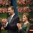 Felipe et Letizia lors de la cérémonie de remise des prix Prince des Asturies à Oviedo, le 25 octobre 2013.