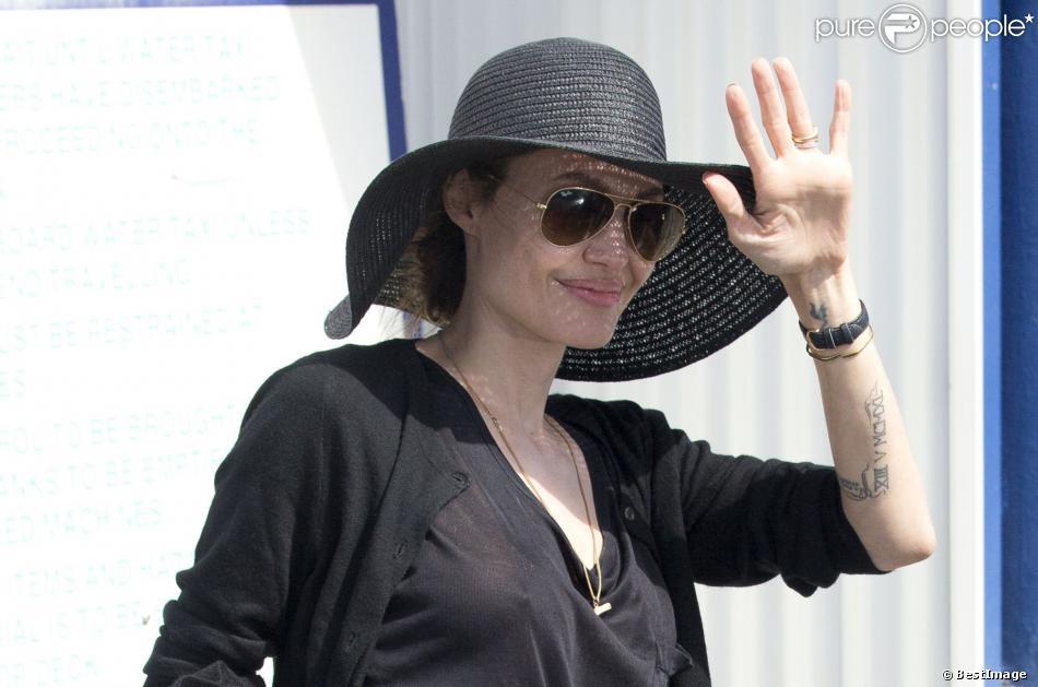 """Exclusif - Angelina Jolie fait des répérages pour son prochain film """"Unbroken"""" dans le Queensland en Australie le 16 octobre 2013."""