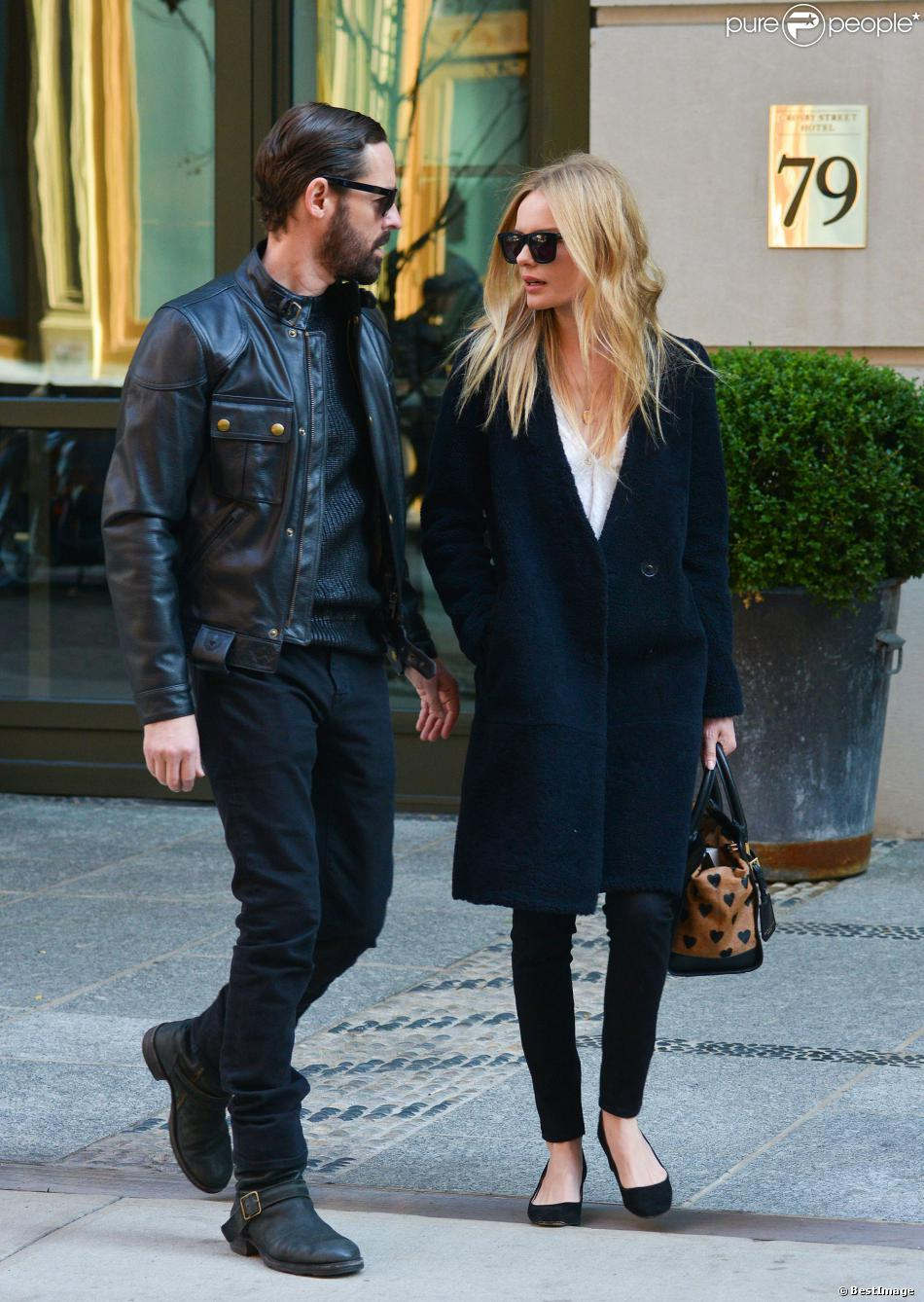 michael polish et sa femme kate bosworth surpris dans les rues de new york l 39 actrice porte un. Black Bedroom Furniture Sets. Home Design Ideas