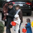 Ben Affleck et Jennifer Garner avec leurs enfants Violet, Seraphina, et Samuel pour  Halloween 2013