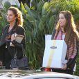 Exclusif - Maria Shriver fête son 58eme anniversaire en compagnie de ses filles Katherine Schwarzenegger et Christina Schwarzenegger au restaurant  Geoffrey's  à Malibu, le 6 novembre 2013.