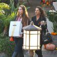 Exclusif - Maria Shriver fête son 58eme anniversaire en compagnie de ses filles Katherine Schwarzenegger et Christina Schwarzenegger, et d'Oprah Winfrey au restaurant Geoffrey's à Malibu, le 6 novembre 2013.