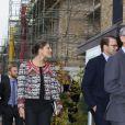 La princesse Victoria et le prince Daniel de Suède sont en voyage officiel de deux jours au Royaume-Uni. Ils sont actuellement à Cambridge, où ils visitent des logements créés par la compagnie suedoise Skanska. Le 8 novembre 2013