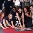 Mariska Hargitay a reçu son étoile sur le Hollywood Walk of Fame, le samedi 8 novembre 2013.
