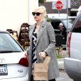 Gwen Stefani quitte le restaurant Sweet Butter Kitchen à Sherman Oaks. Los Angeles, le 19 novembre 2013.