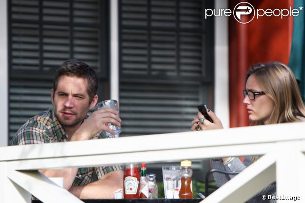 paul walker et jasmine rencontre