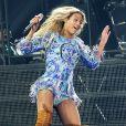 Beyoncé en plein saut lors de son concert à la Rogers Arena. Vancouver, le 1er décembre 2013.