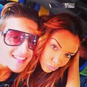 Nabilla : En voiture avec son frère Tarek, elle s'improvise chanteuse