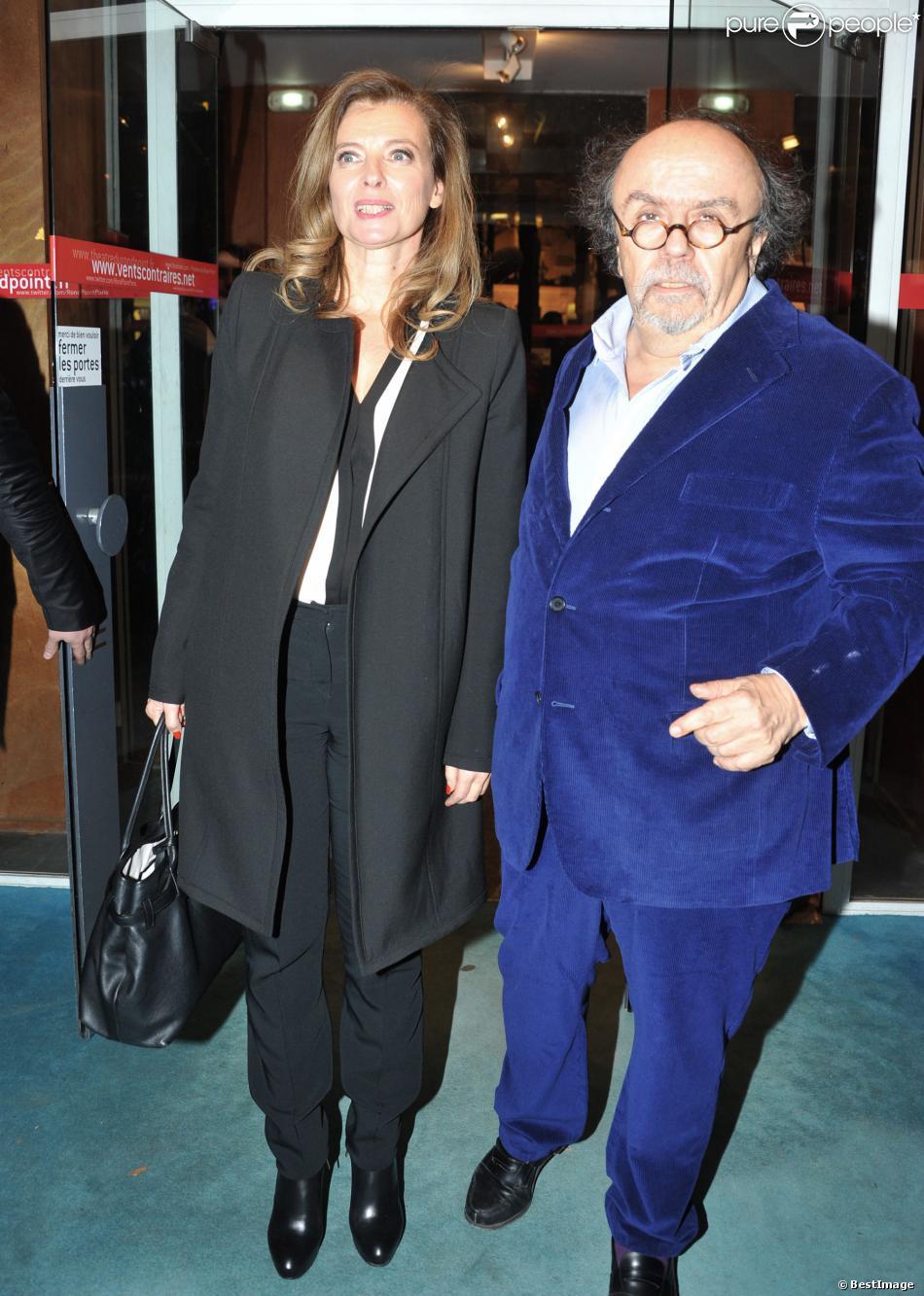 Valérie Trierweiler et Jean-Michel Ribes - Soirée de soutien du monde la culture à Christiane Taubira au Théâtre du Rond-Point à Paris, le 2 décembre 2013.
