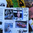 Les fans continuent de rendre hommage à Paul Walker sur les lieux du drame à Santa Clarita, Los Angeles, le 4 décembre 2013.
