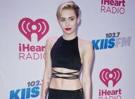 Miley Cyrus : Chic et ventre à l'air devant Robin Thicke, après leur scandale