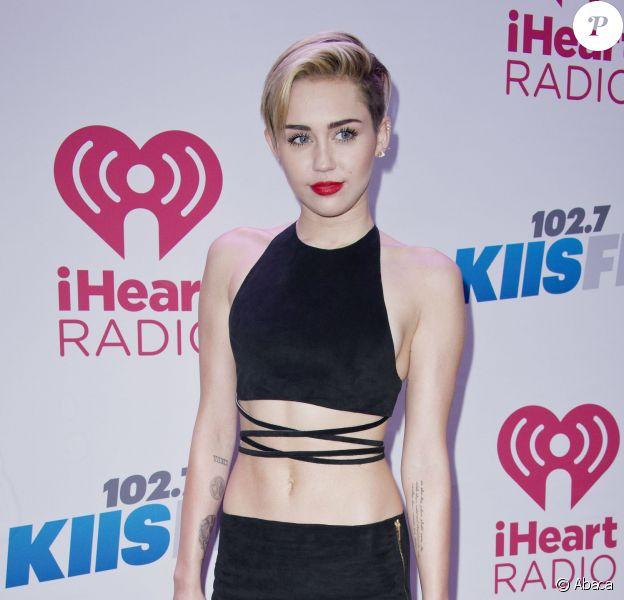 Miley Cyrus assiste au Jingle Ball 2013 de la station KIIS FM au Staples Center. Los Angeles, le 6 décembre 2013.
