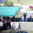 La famille et les proches de Paul Walker réunis pour les funérailles de l'acteur au Forest Lawn Memorial Park à Hollywood, Los Angeles, le 14 décembre 2013.