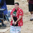 """Jonah Hill sur le tournage du film """"22 Jump Street"""" sur la plage à Puerto Rico, le 11 décembre 2013."""