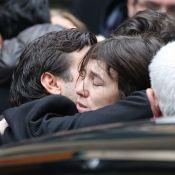 Obsèques Kate Barry : La douleur de Charlotte Gainsbourg, Lou et le clan Birkin