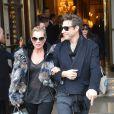 Kate Moss et Jamie Hince à la sortie du Meurice à Paris. Le 6 mars 2013.
