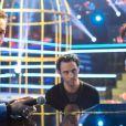 """Exclusif - Emmanuel Moire et Amel Bent lors de l'enregistrement de l'émission """"Ce soir on chante les tubes 2013"""" diffusée le 3 janvier 2014 sur TF1 et présentée par Estelle Denis"""