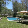 L'actrice Reese Witherspoon a vendu sa jolie maison de Ojai en Californie pour 4,9 millions de dollars.