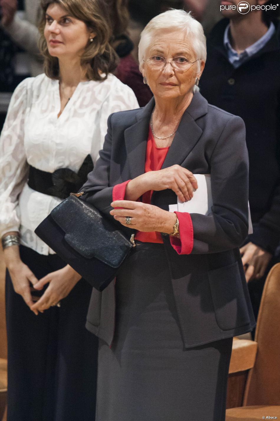 La reine Paola de Belgique avec sa nouvelle coupe ultracourte au concert organisé par Equinox et la Chapelle Musicale Reine Elisabeth au Hall Flagey le 30 novembre 2013
