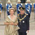 La reine Paola et le roi Albert II de Belgique au mariage de Victoria de Suède à Stockholm le 19 juin 2010