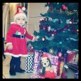 Jade Lagardere dévoile des photos de sa fille Liva, adorable pendant les fêtes de Noël.