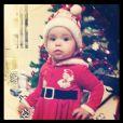 Jade Lagardere dévoile des photos de son adorable fille Liva, adorable pendant les fêtes de Noël.